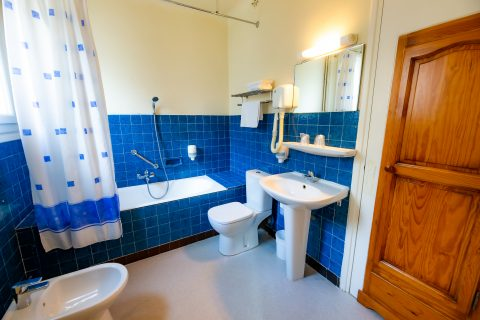 chambre triple salle de bain