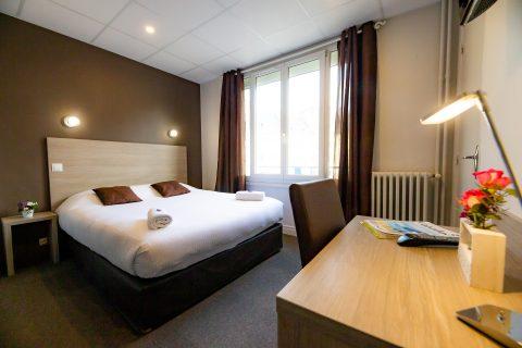 chambre double confort avec bureau